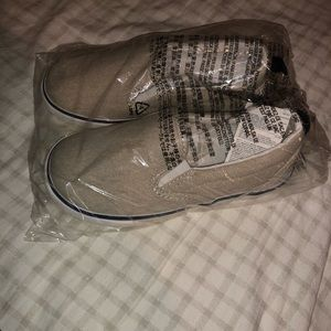 Gap shoes size 9. Brand new.